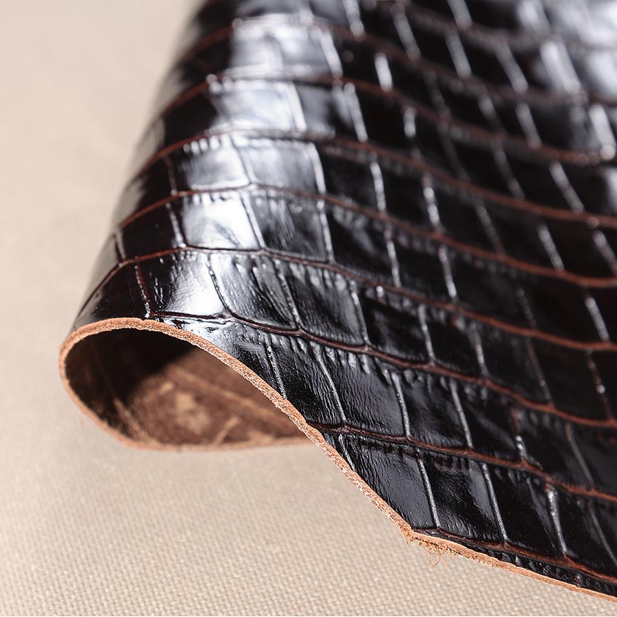 Темно-коричневый крокодил (лак) № 83